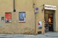 In Florenz durch schmale Gassen schlendern