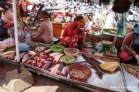 Am Markt von Phnom Penh