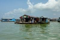 Schwimmendes Dorf in Kambodscha