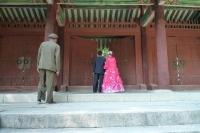 ein Hochzeitspaar in Kaesong