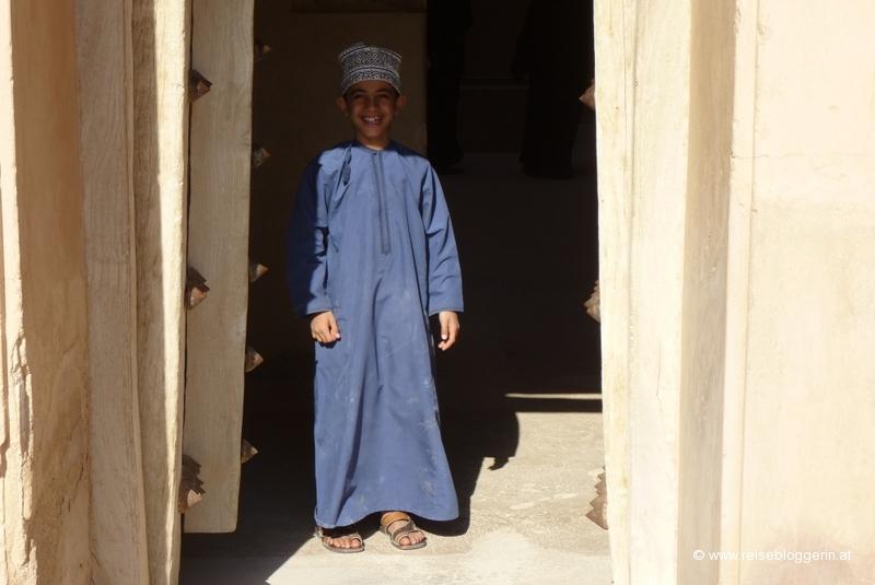 Ein kleiner Junge im Oman