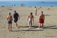 Boule am Strand