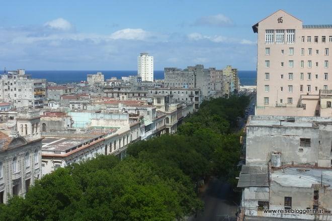 Blick über Havanna auf das Meer