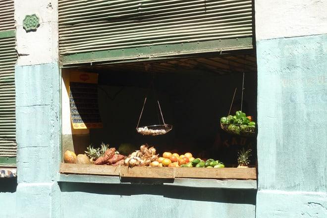 Privater Gemüseladen in Havanna