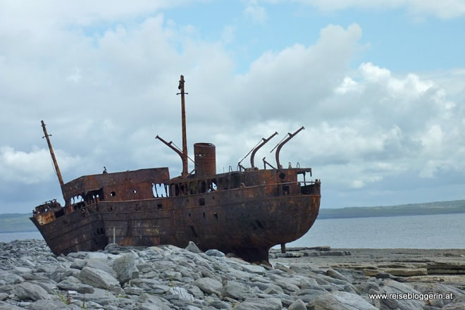 Schiffswrack in Inisheer