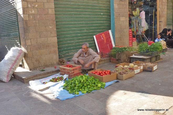 Händler im Souk von Assuan