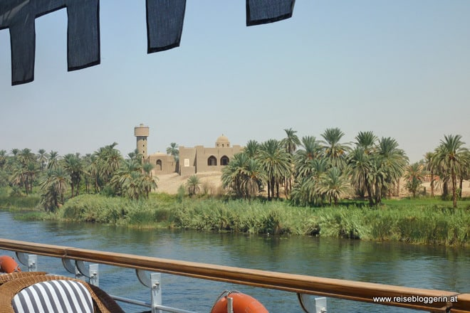 Das Nilufer in Ägypten