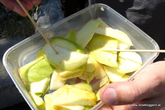 Grüne Mango