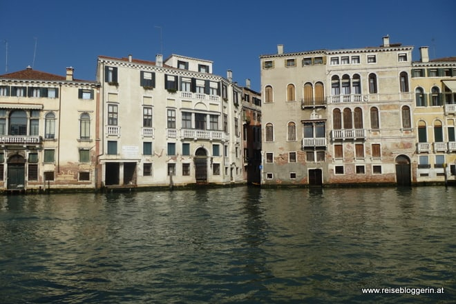 am Canale Grande durch Venedig