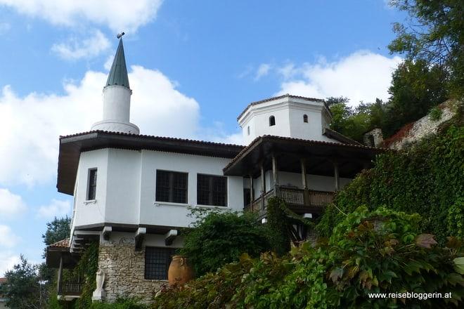 Bauwerk an der Schwarzmeerküste in Bulgarien