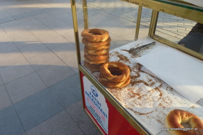 Simit, die türkischen Sesamringe