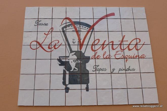 Schild mit der Aufschrift La Venta de La Esquina