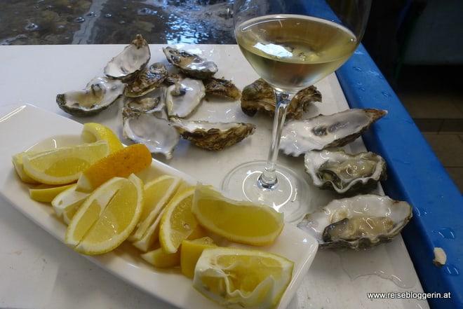 Chablis und Austern und Zitronen