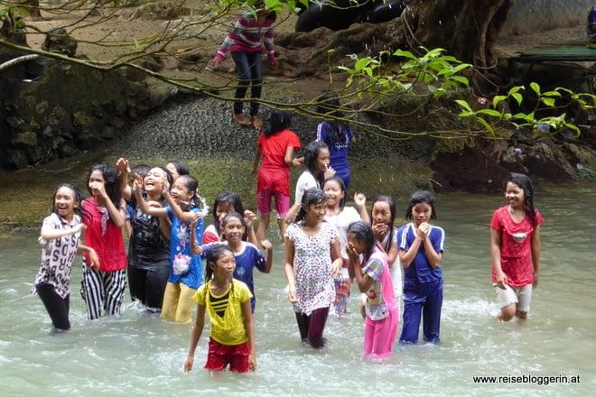 Kinder in Sulawesi