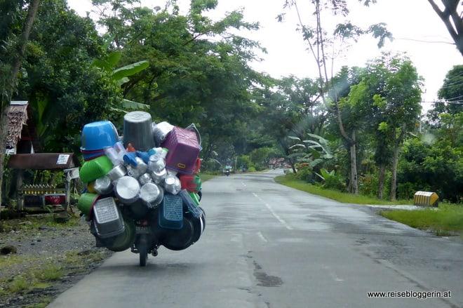 Mit dem Auto durch Sulawesi