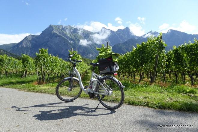 Rheinradweg Schweiz: In 6 Etappen vom Oberalppass bis nach Schaffhausen