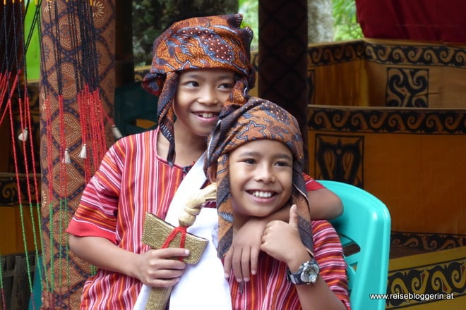 Kinder in Sulawesi