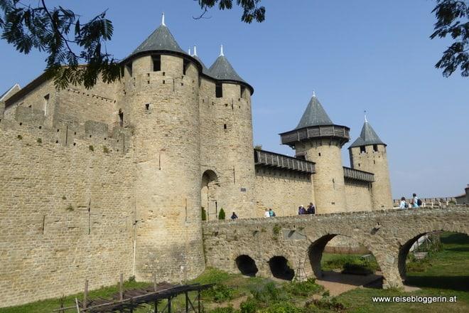 Tor zur Burg