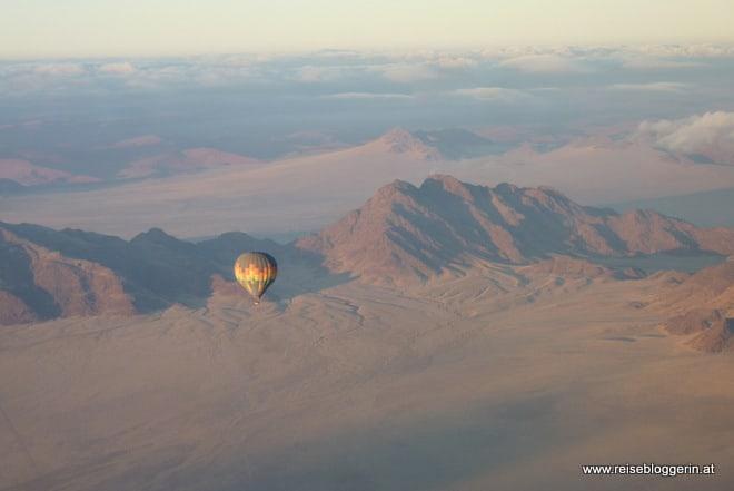 Auf und Ballon in Namibia