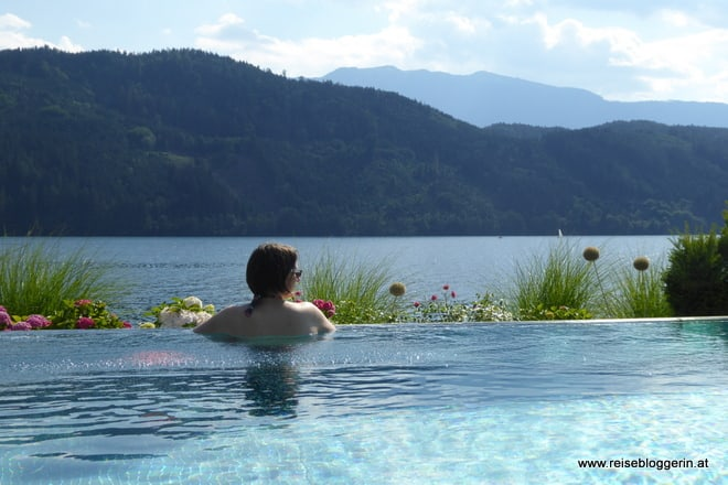 Der Pool im Badehaus am Millstätter See