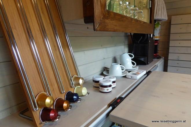 Kaffee im Waggonhotel
