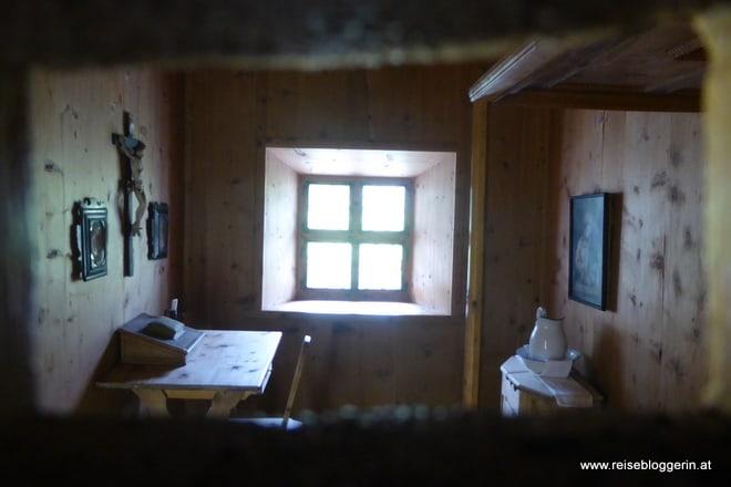 Zelle im Kloster