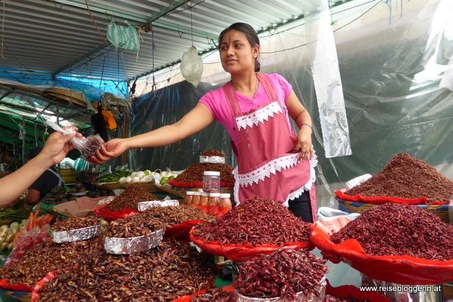 Heuschrecken am Markt von Oaxaca