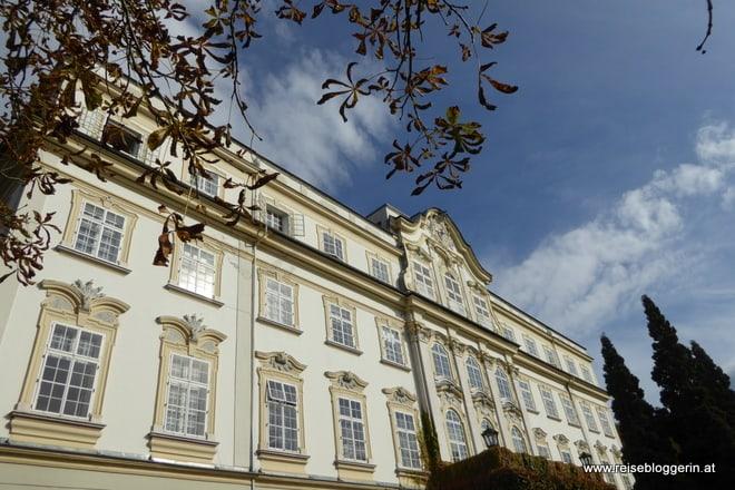 die Prächtige Aussenfassade des Schloss Leopoldskron