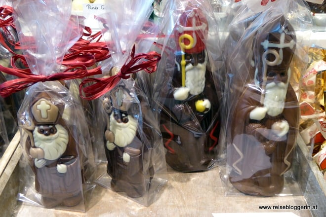 Nikoläuse aus Schokolade