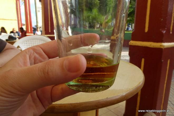 Ein Gläschen Rum in Baracoa