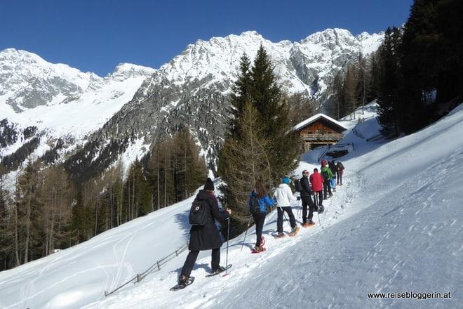 Schneeschuhwandern in der der Ferienregion Kronplatz