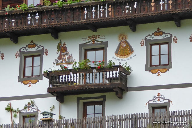 Bemalte Häuser in Maria Luggau