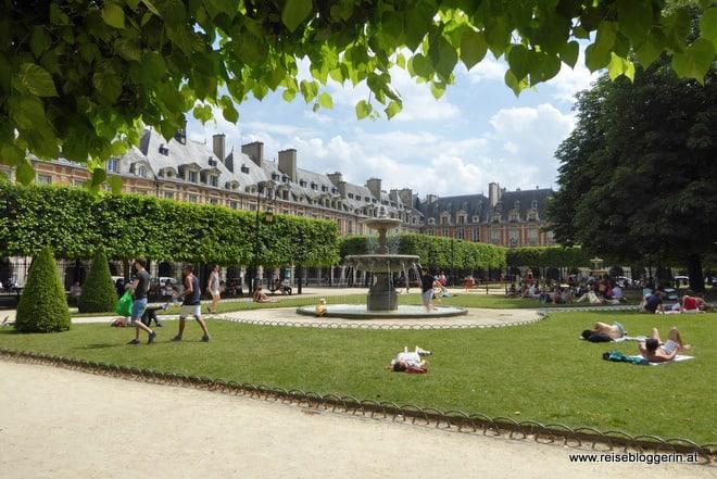 Place de Vosges im Stadtviertel Marais