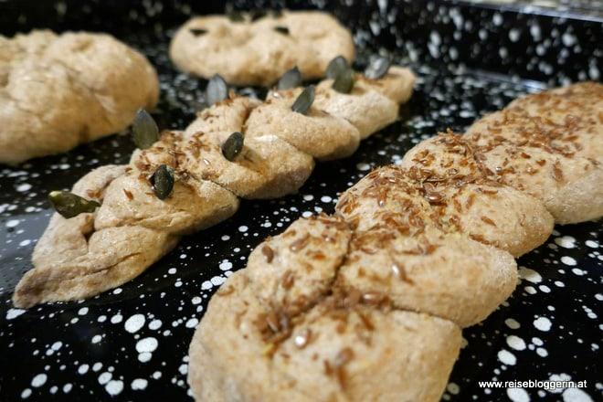 Brotbacken bei Urlaub am Bauernhof