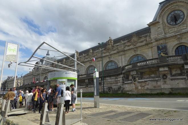 Die Batobus Station am Musée d'Orsay