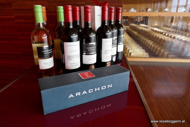 Weinverkostung im Arachonkeller