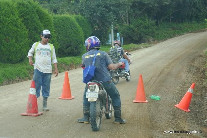 Straßensperren in Costa Rica