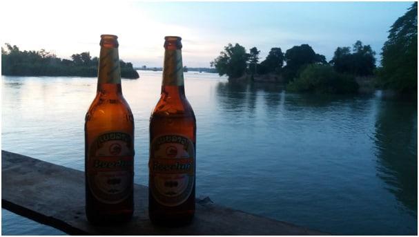 Mekong Der Ausblick wahrend des Abendessens