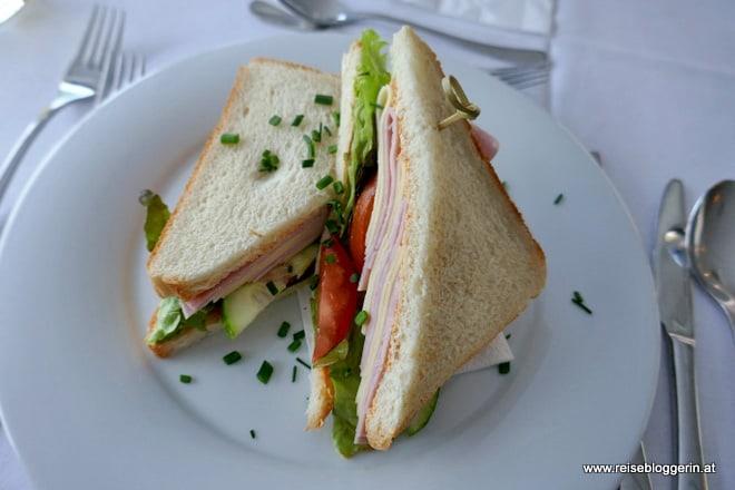 Sandwich am Schiff der MS Austria - Ein Schiff der Brandner Schiffahrt