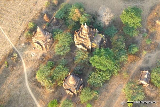 Bagan mit dem Heißluftballon entdecken
