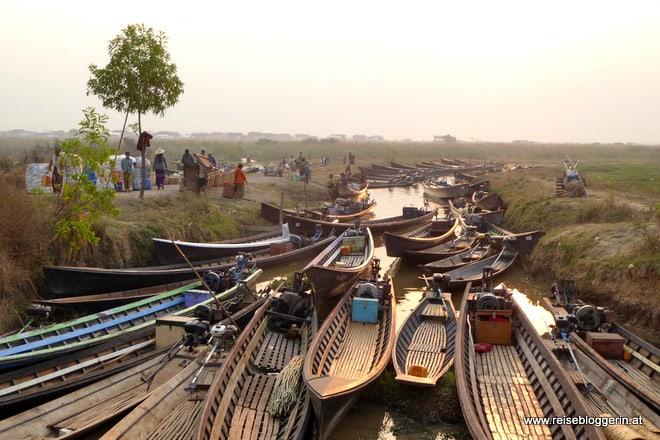 Markttag in Khaung Daing