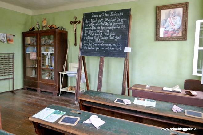 Die Schule im Museumsdorf Niedersulz