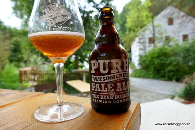 Glas Bier bei den Beer Buddies in Tragwein