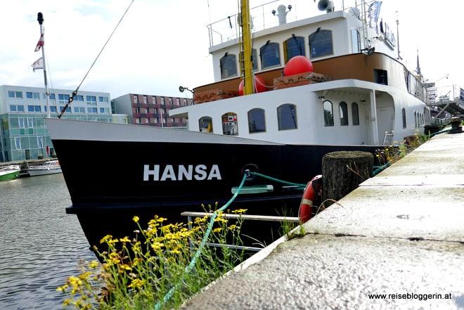 Das Schiff Hansa im Fischereihafen