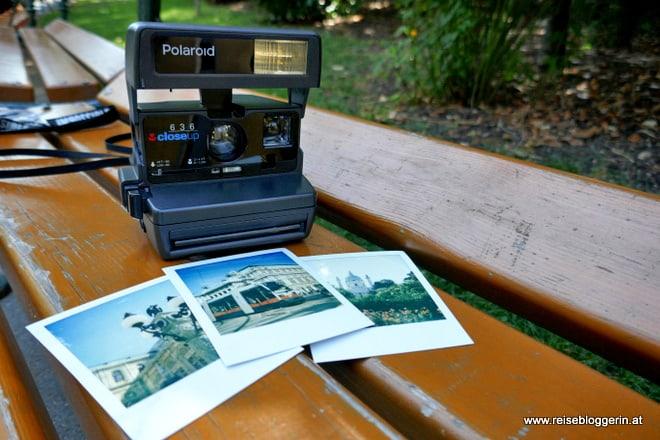 Polaroid Fototour mit einer Polaroidkamera