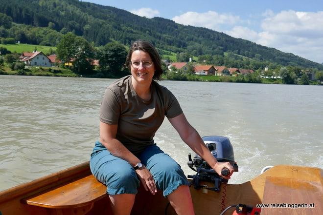 Die Reisebloggerin Gudrun Krinzinger unterwegs mit einer Zille