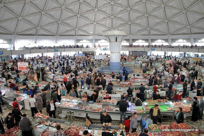 Die Markthalle in Taschkent