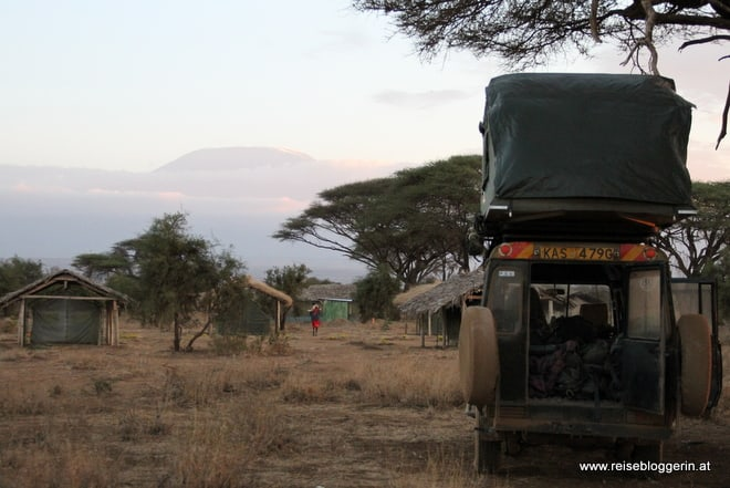 Camping mit Dachzelt in Kenia