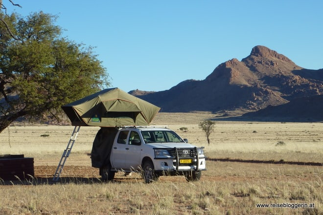 Camping mit Dachzelt in Namibia