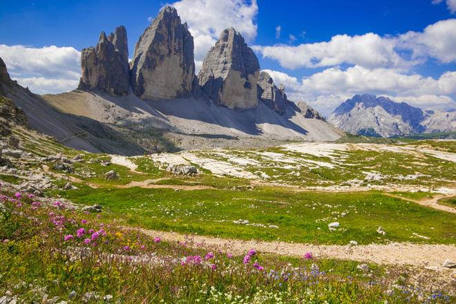 Wandern in den Dolomiten - Viele Wege führen nach Südtirol